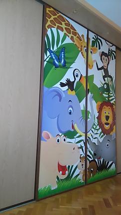 Tapety na vestavěné skříně